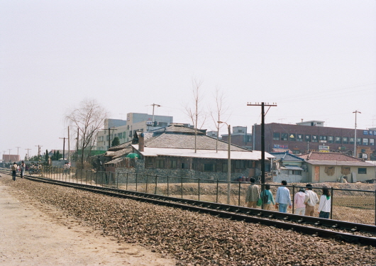 Baengma District and railroad (1980s)